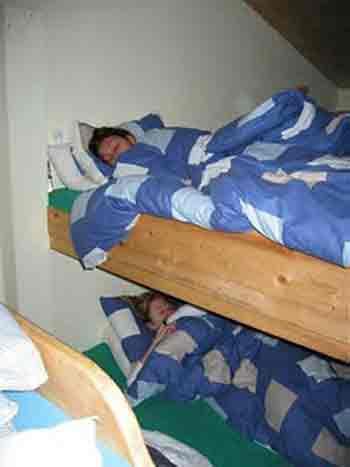 hostelbeds2.jpg